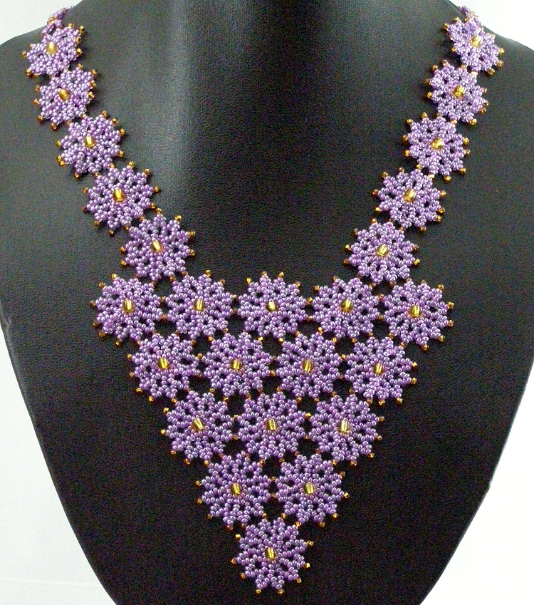 Necklace «Cheerful snowflakes»